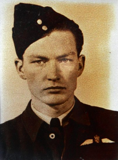 Photo of John David MacCullough Douglas– in uniform.