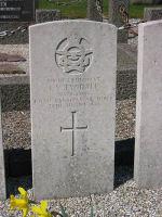 Grave Marker– Photo of grave courtesy of Airwar Over Denmark www.flensted.eu.com
