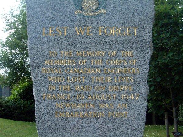 Memorial (Photo 2)