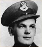 Photo de Walter Herbert Cook – Albert Walter Cook est décédé dans la nuit du 2 au 3 decembre 1944 lors d'un raid sur la ville de HAGEN (ALLEMANGNE). Il est enterré a CHOLOY dans le cimetiere militaire canadien