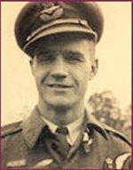 Photo of Albert Mildon– Flying Officer Harry Albert Mildon in uniform.
