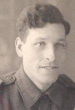 Photo 2  de Gordon Kimmel – Photo de Gordon Leroy Kimmel, Royal Winnipeg Rifles.