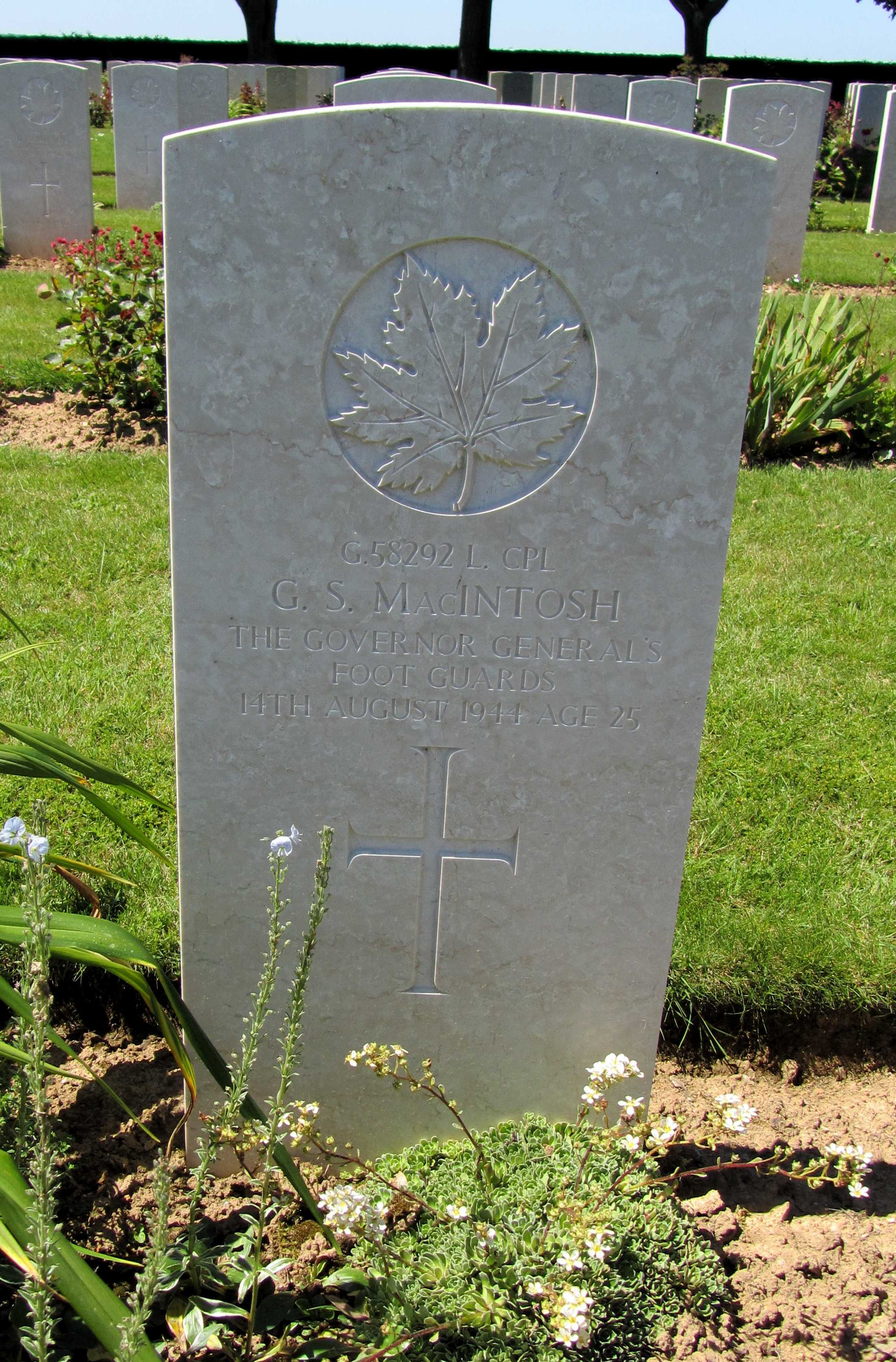 Grave Marker– G.S. MacIntosh G/58292