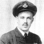 Photo de Victor Jack Fenwick – Il s'est enrôlé dans la RAF. Son avion a été abattu alors qu'il rentrait à sa base, le 4 mars 1945.