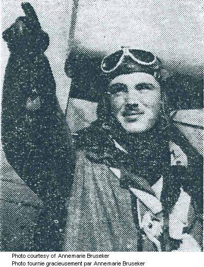 Photo of John Gillespie Magee 1