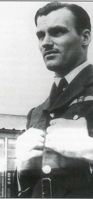 Photo of Harry Davies Edwards.– Black and white photo of Pilot Officer, Harry Davies Edwards.