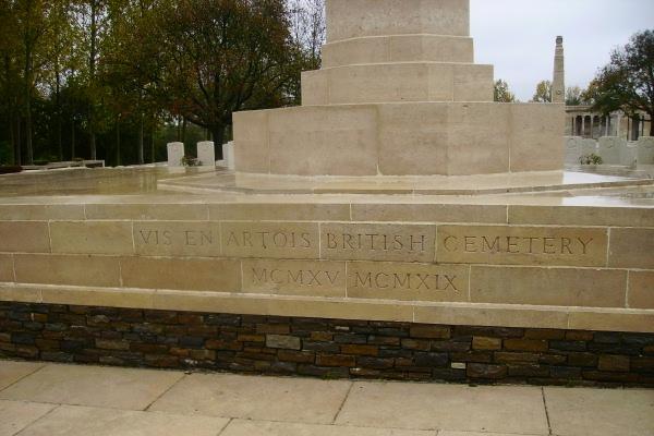 Cemetery– Entrance - Vis-en-Artois British Cemetery … photo courtesy of Marg Liessens