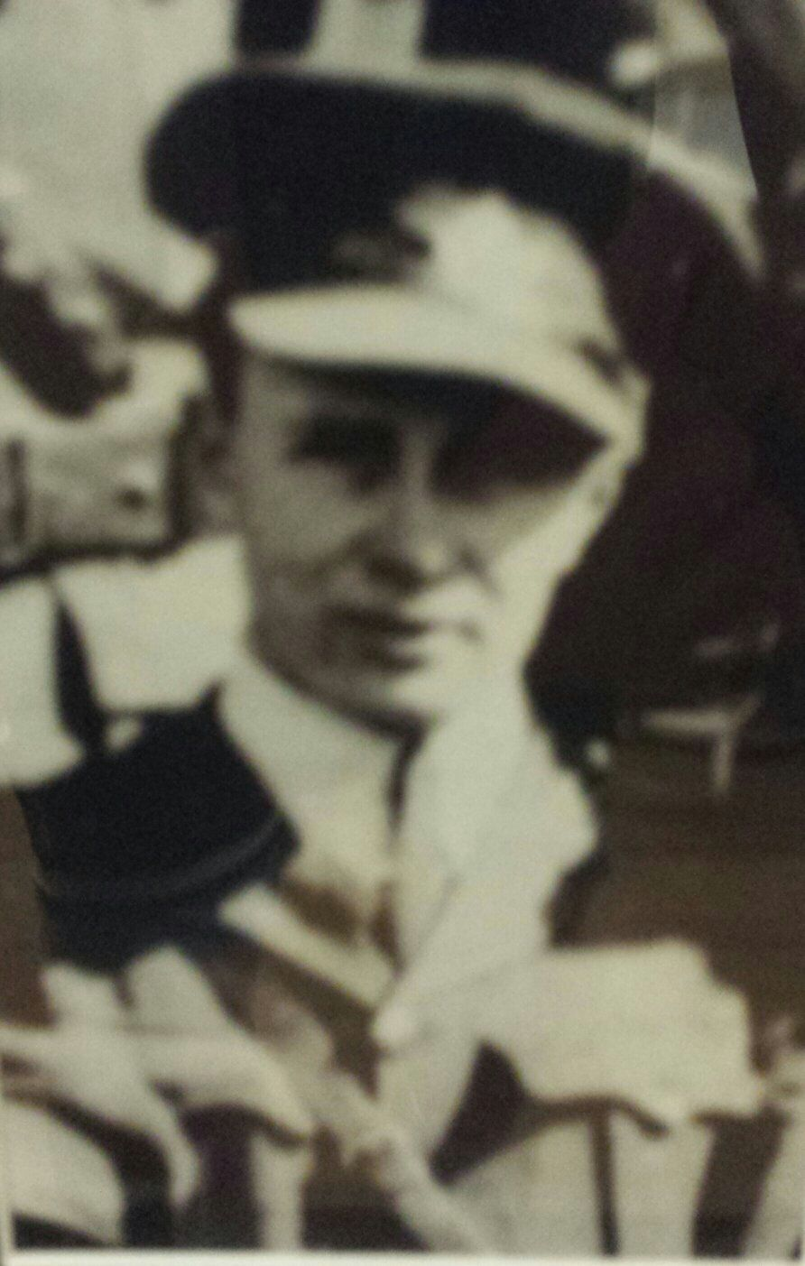 Photo of Ibri Burton Alkenbrack– Lt. Ibri Burton Alkenbrack 75Th Battalion July 1918
