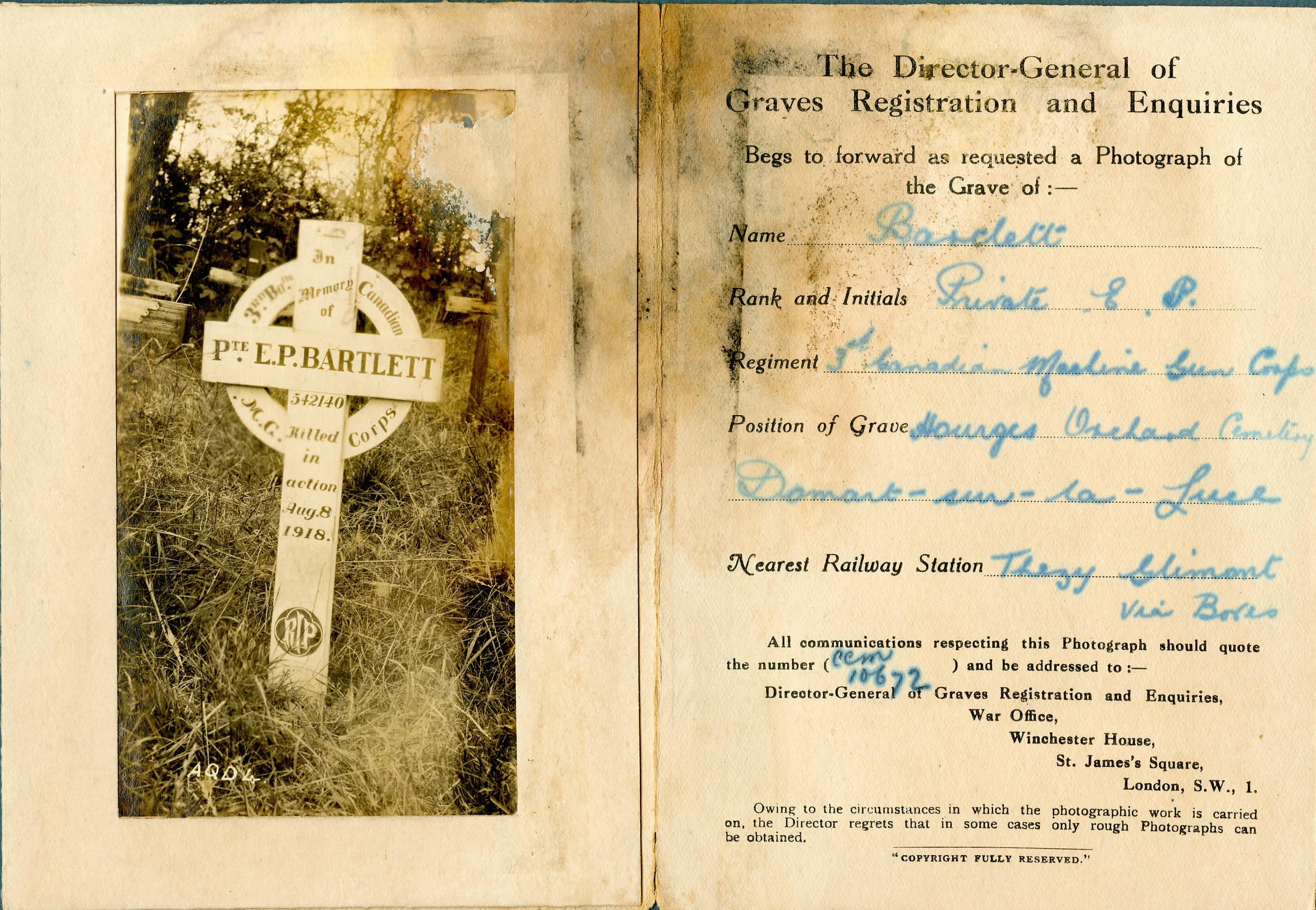 Temporary Grave Marker– Photograph of Pte Bartlett's wartime grave marker.
