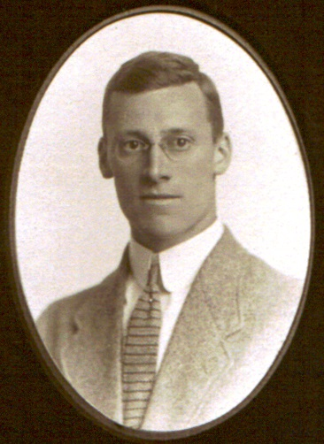 Photo of Edward Payson Thompson– 1914.