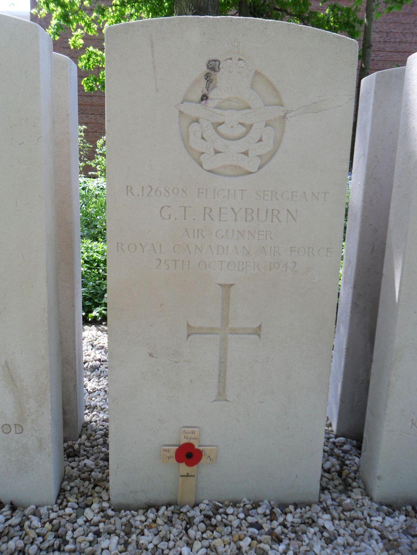Grave Marker– Photo courtesy of Pieter Schlebaum