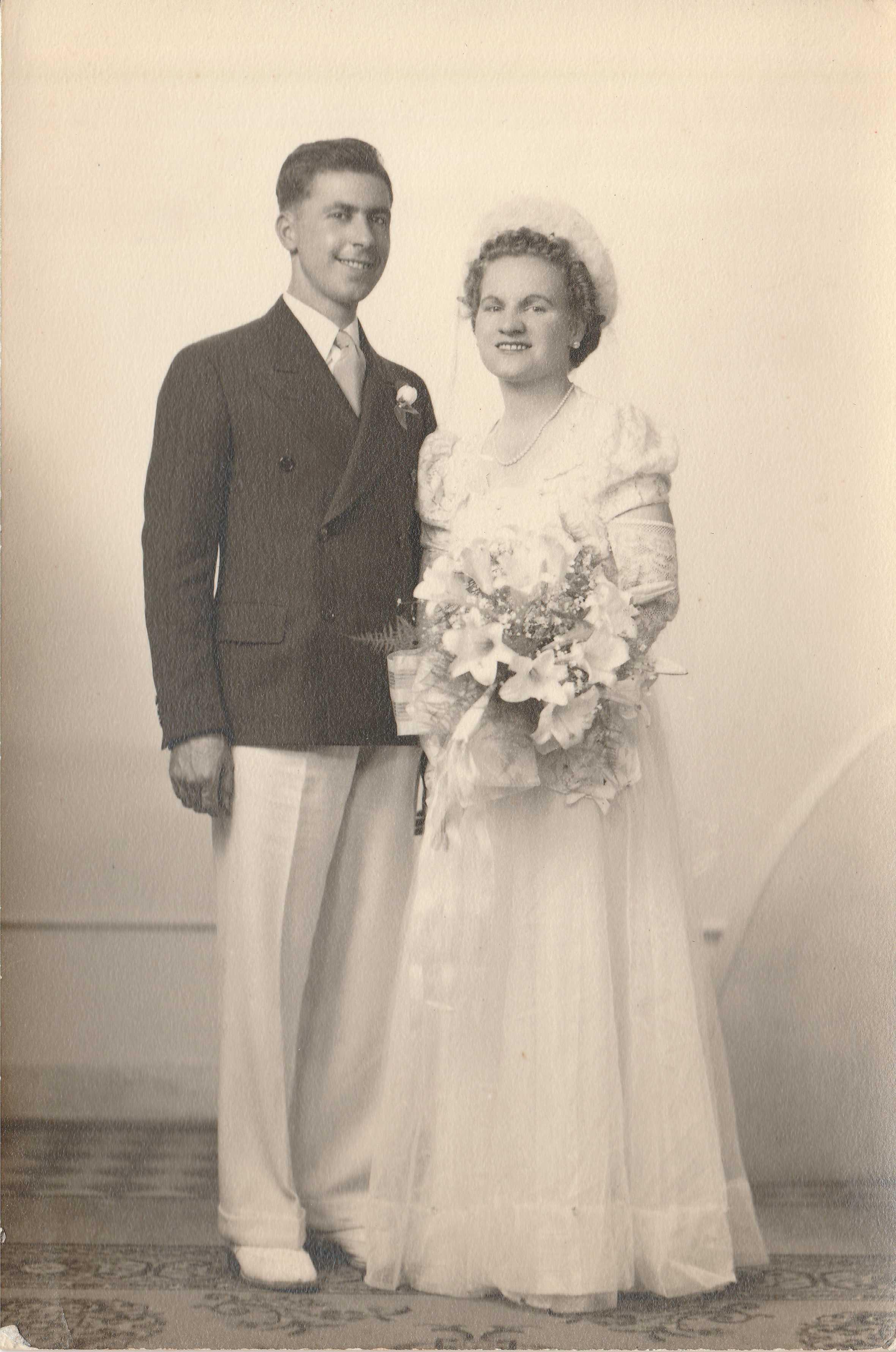 Joseph Adrian La Barre and Carmen Bedard wedding photo.