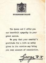 Documents officiels – Documents reçus par la famille de Joseph-Albert Ouellet provenant du Gouvernement du Canada et du Palais de Buckingham.