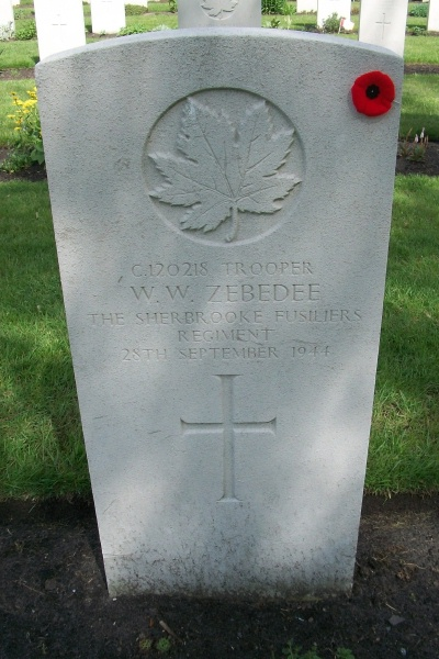 Grave marker– Bergen-op-Zoom Canadian War Cemetery - May 2015 … Photo courtesy of Marg Liessens