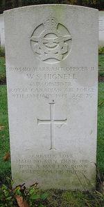 Grave marker– Photo courtesy of Frans van Cappellen, The Netherlands.