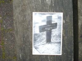 Temporary Grave Marker– Original grave photo 1940