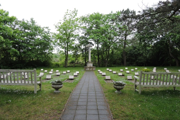 Cemetery– Cemetery with Cross of Sacrifice