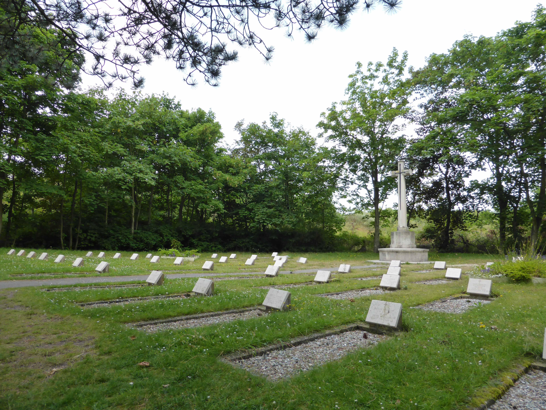 Schiermonnikoog (Vredenhof) Cemetery