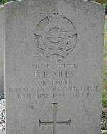 Grave Marker– Photo courtesy of Frans van Cappellen, The Netherlands,Halifax aircraft LK-879 was airborne 2306 16Jun44 from Linton-on-Ouse on mission to Sterkrade, Germany.   it crashed in the sea off the Dutch coast, cause unknown.  The crew are buried in various Dutch cemeteries. They are:  P/O J.F.E.Tabor; Sgt F.E.McQueen; P/O G.R.G.Shannon; Sgt R.E.Niles; Sgt H.Doggett; P/O W.D.Carson; P/O L.G.Hill.  (//lostbombers.co.uk)