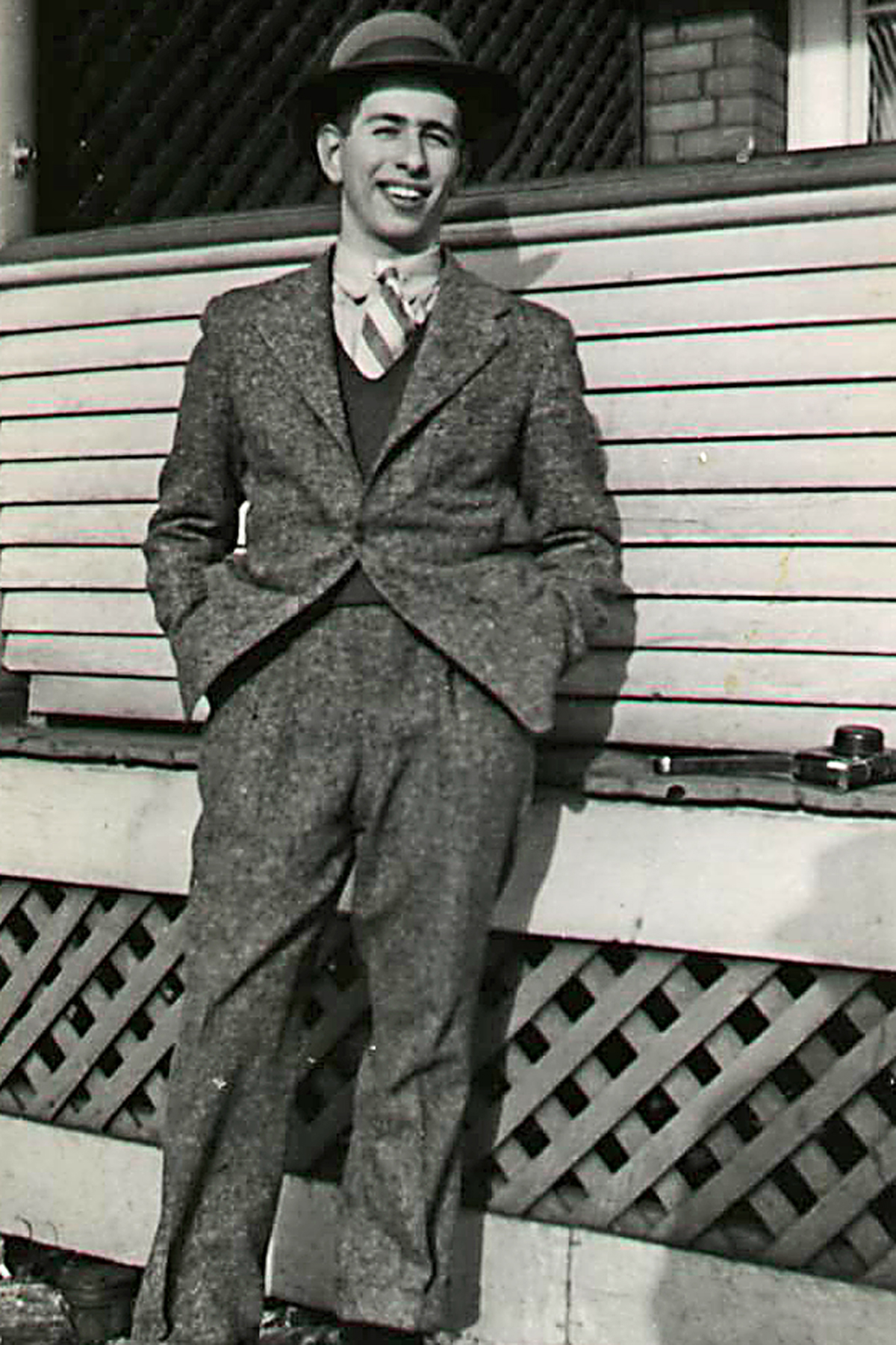 Photo of Zave Brown– Zave Brown at the Toronto home of his sister Rose Fluxgold on February 11, 1942.