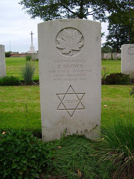 Grave marker– 'In Memory of Uncle Zave Brown'. Photo submitted on behalf of Howard Fluxgold and Julie Amourgis, by Operation Picture Me.