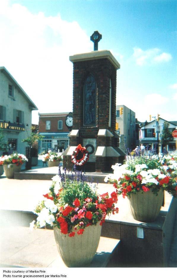 Streetsville Ontario War Memorial