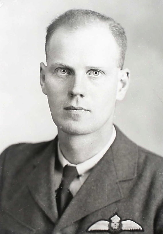 Photo of GORDON ANGUS MCINTYRE