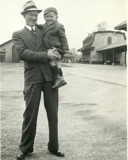 Photo of Art Redner and Bobby Bateman.