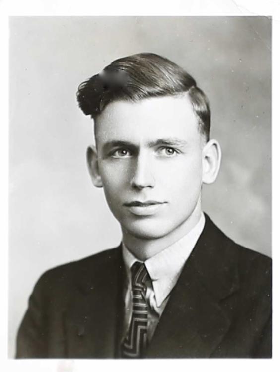 Photo of DONALD BISSELL GARDINER