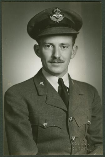 Photo of Robert Bryson Duncan– Flight Lieutenant Robert Bryson Duncan courtesy McGill University archives