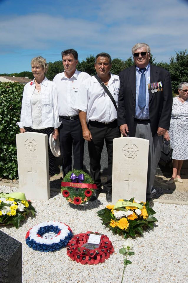 Paying respects– On August 6, 2016, Dorothy Robbie and Daniel Forestell are joined by Co-Presidents of the Relations Internationales  Culture Mémoriel de Barbâtre (R.I.C.M.B) Tony Erceau et Michel Moracchini and paid their respects to the airmen.