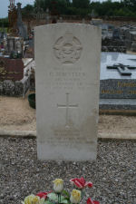 Grave Marker– Photo provided by The Commonwealth Roll Of Honour Project. Volunteer Duncan Andrews