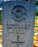 Grave Marker– Gravemarker of LAC Phillips R. Holmes RCAF, of New York City, New York, U.S.A., at Gate of Heaven Cemetery, Hawthorne, New York.