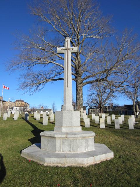 Memorial– Cross of Sacrifice at Fort Massey Cemetery, Halifax, Nova Scotia, Canada. Image taken 26 December 2015 by Tom Tulloch.