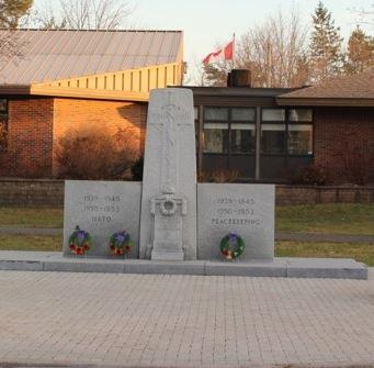 Memorial– Carleton Place cenotaph