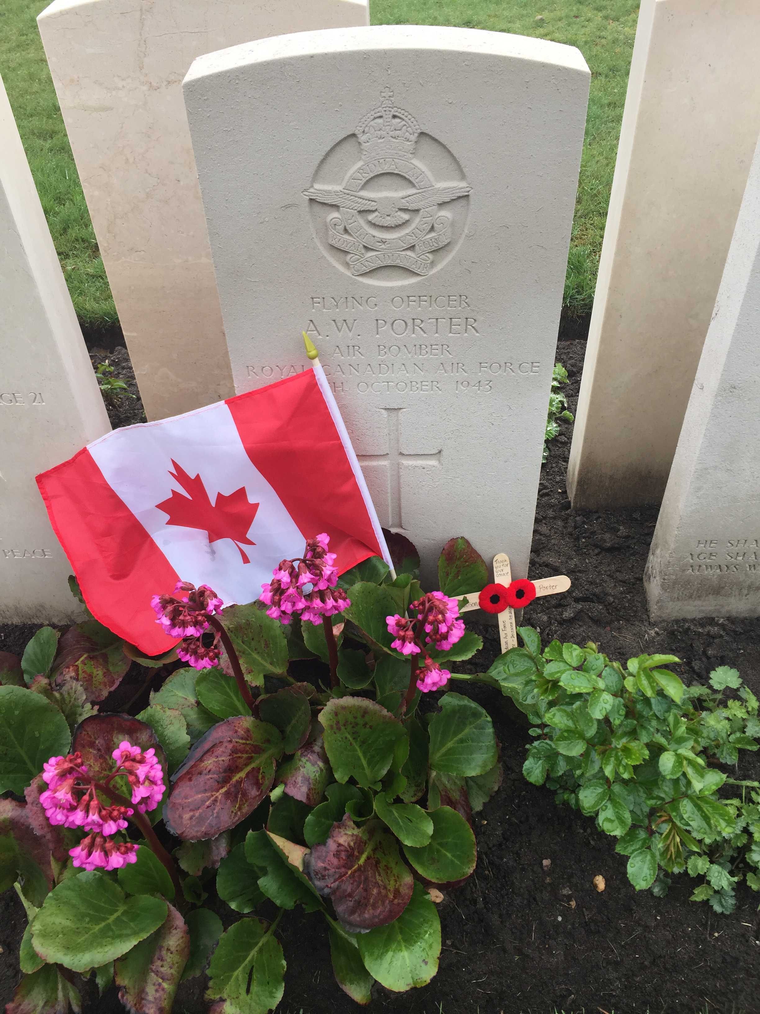 Grave Marker– Photo of F/O Porter's grave courtesy of Taylor Filion, Ottawa.