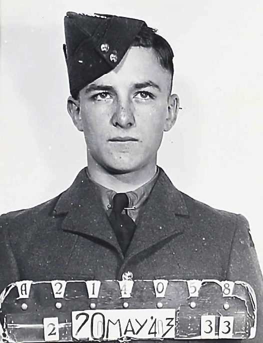 Photo of GORDON EDWIN ROBERTSON