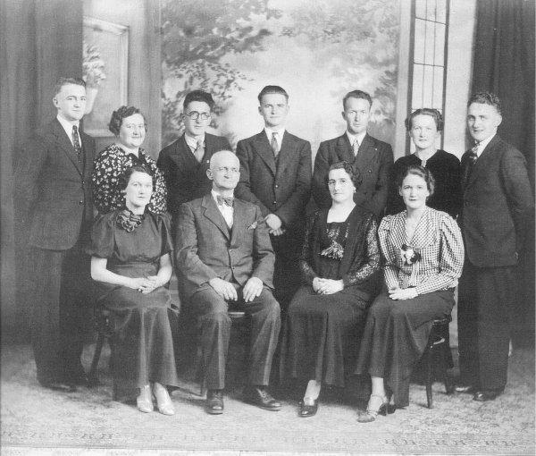 Smith Family Photo - Circa 1939 - 40