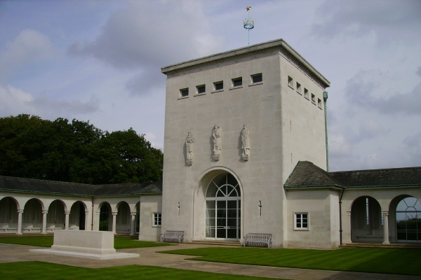 Memorial– F/O Gilchrist is also commemorated on the Runnymede Memorial ... Runnymede Memorial - September 2010 … photo courtesy of Marg Liessens