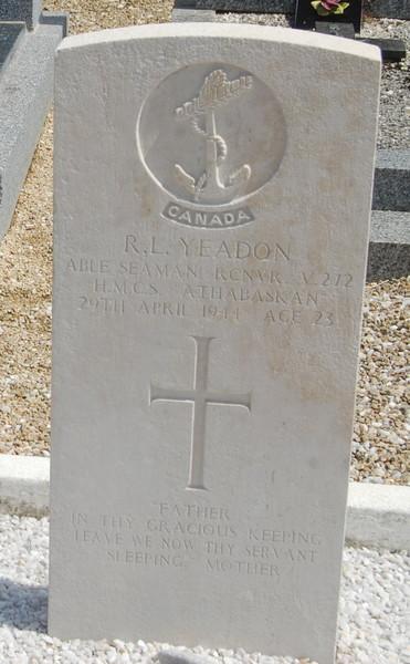 Grave Marker– Taken 22/05/2016 Ile de Batz cemetery