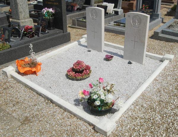 Grave Markers– Taken 22/05/2016 Ile de Batz cemetery