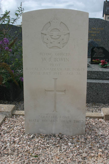 Grave marker– Photo provided by The Commonwealth Roll Of Honour Project. Volunteer Geoffrey Carver
