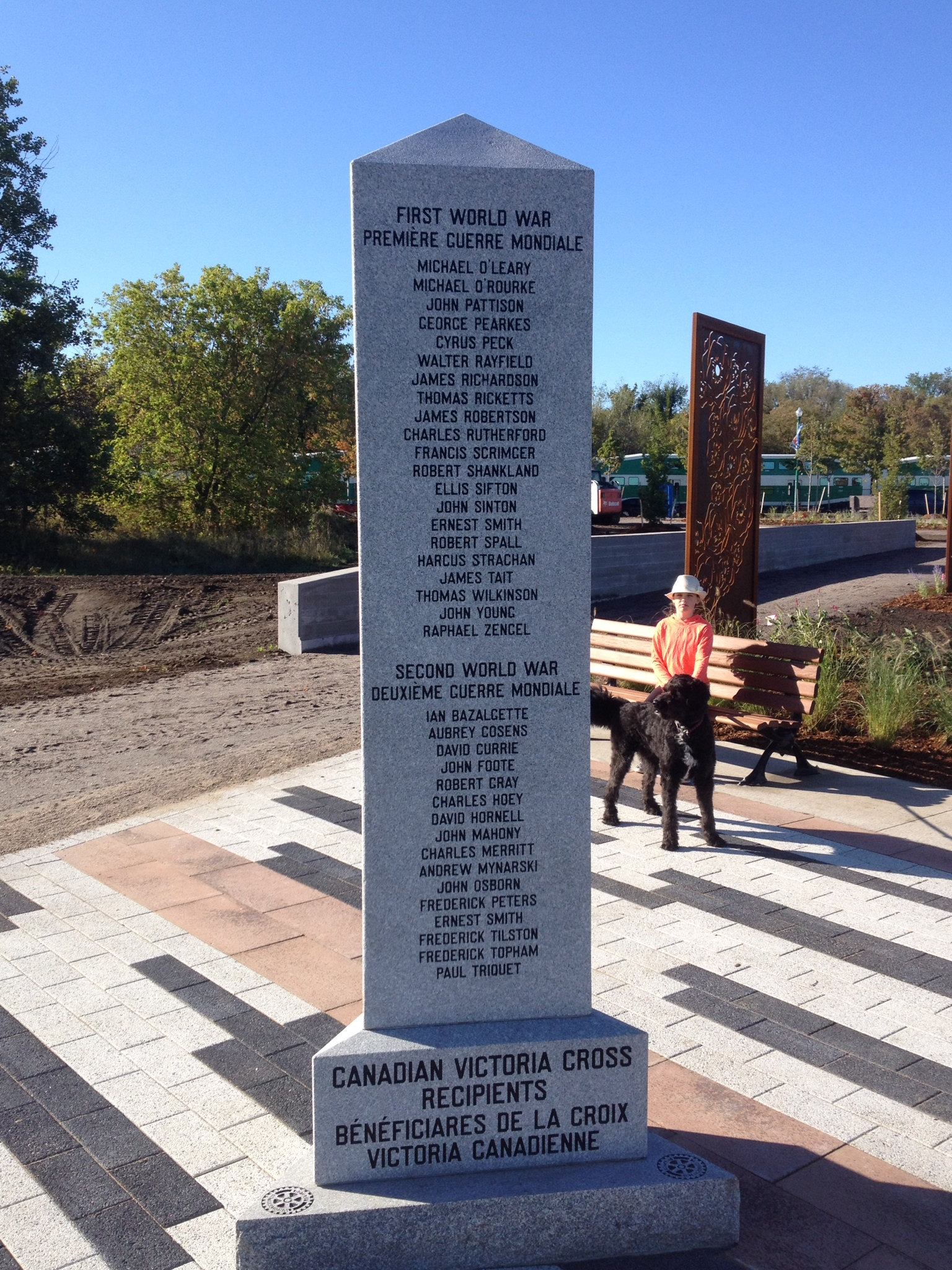 Memorial– Barrie Military Park, Canadian Victoria Cross Recipients, Cenotaph