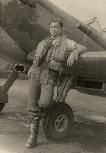 Photo– Flying Officer Harold Andrew Westhaver RCAF.