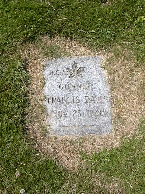 Grave Marker– Photo of the grave of K/25017 Gunner Frances Davis of the  Royal Canadian Artillery who gave his life in the service of Canada during WW2.