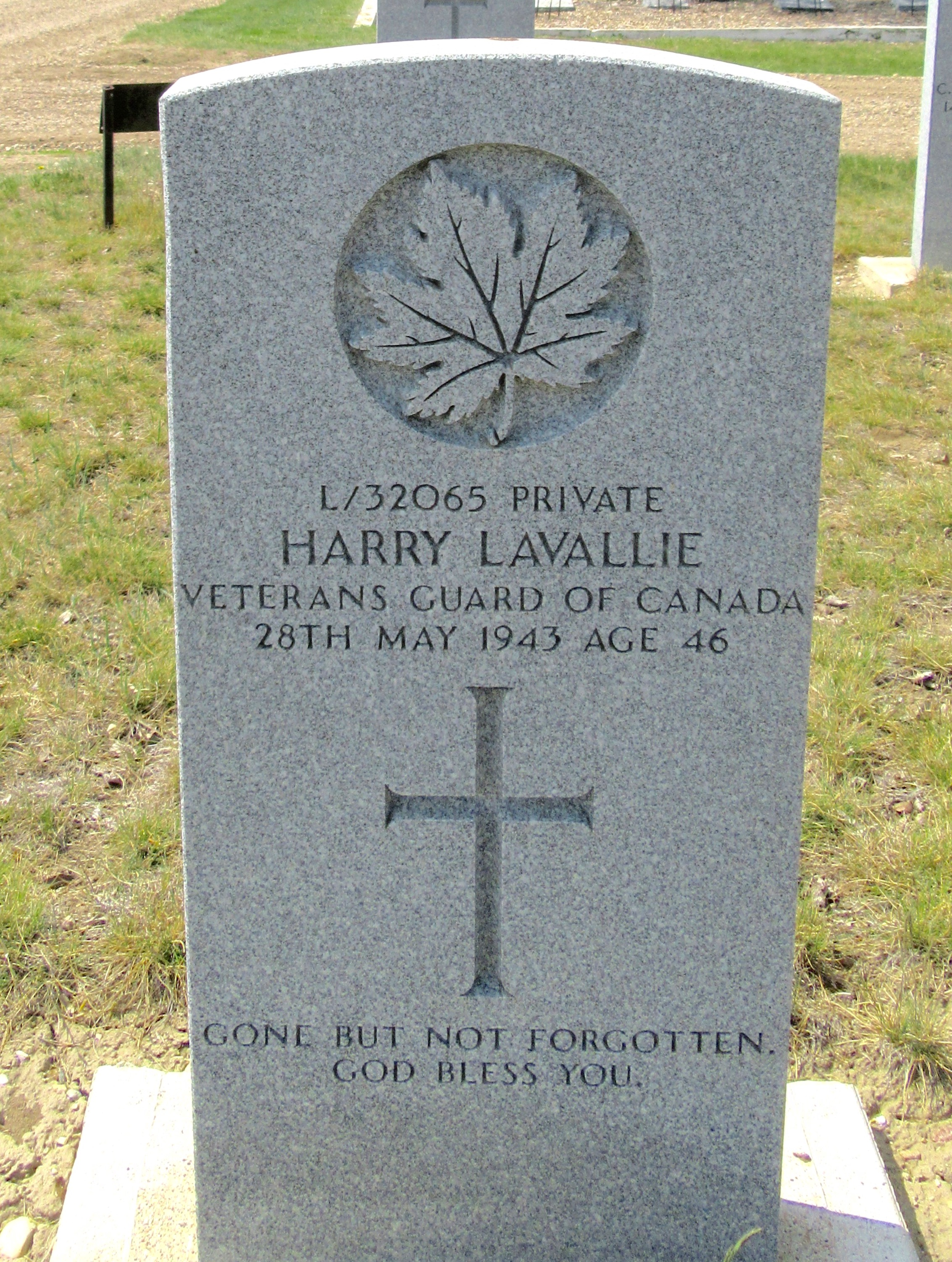 Grave Marker– [Maple Leaf]