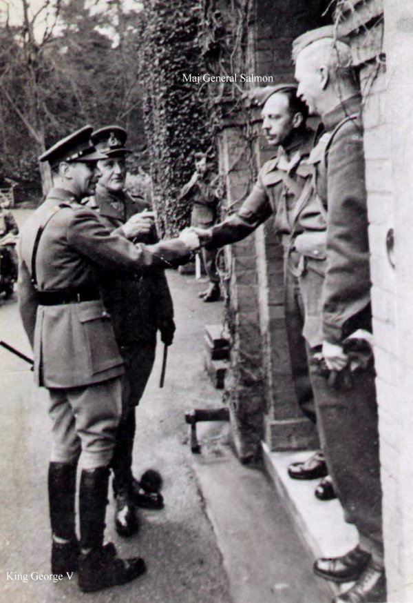 Photo of General Harry Salmon meeting King George V.