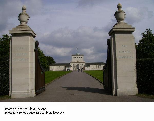 Entrance to Runnymeade Memorial