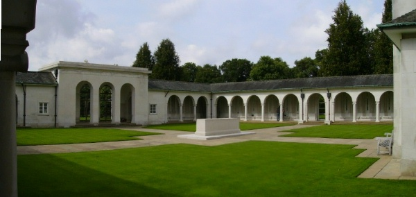 Runnymede Memorial– Stone of Remembrance - September 2010 … photo courtesy of Marg Liessens