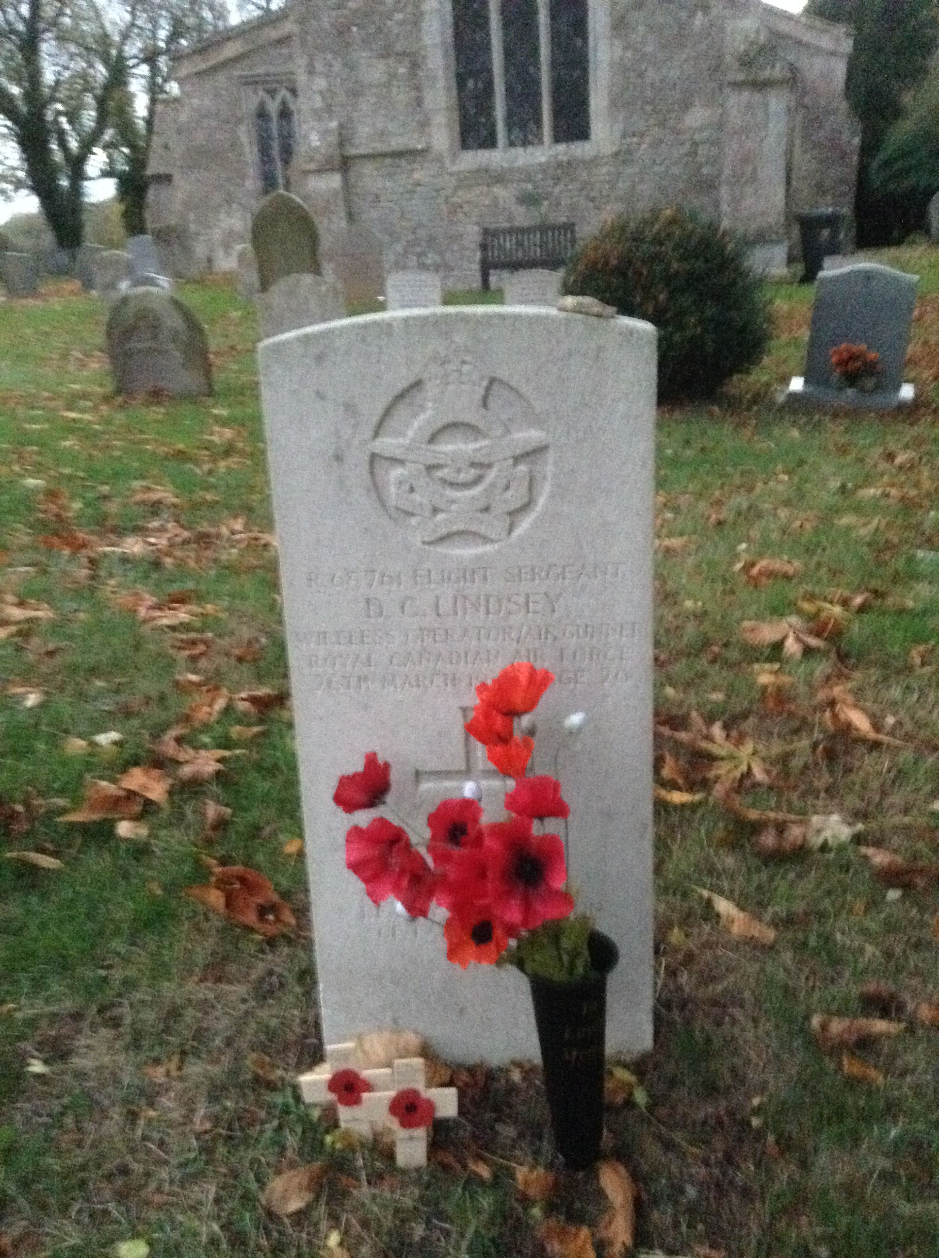 Grave Marker– Today we found this lovely little church with 4 graves of 4 Canadian airmen who all passed away March 26th 1942. Being Canadian ourselves it was a lovely 'accident ' to find this. Someone from the village or church had put lovely poppies and crosses at the graves!